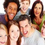 Cómo crear un grupo y añadir contactos utilizando iCloud