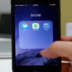 Cómo poner carpetas en el dock del iPhone